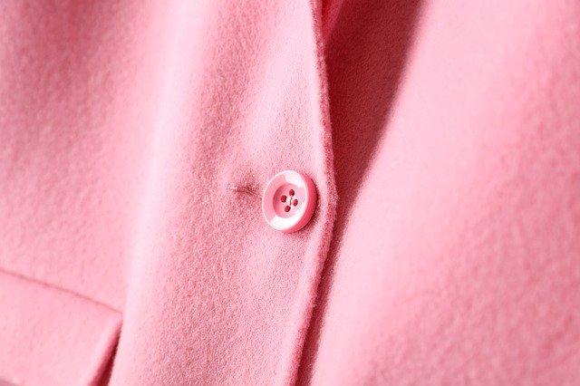 růžový kabát